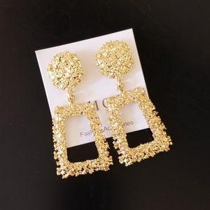 Fashion European Design Drop Earrings